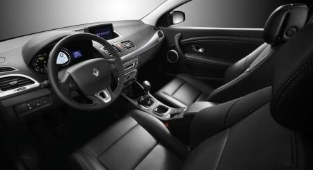 2009-renault-megane-coupe-interior